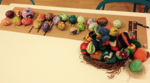 jaja ukrašena vunom i fimo masom